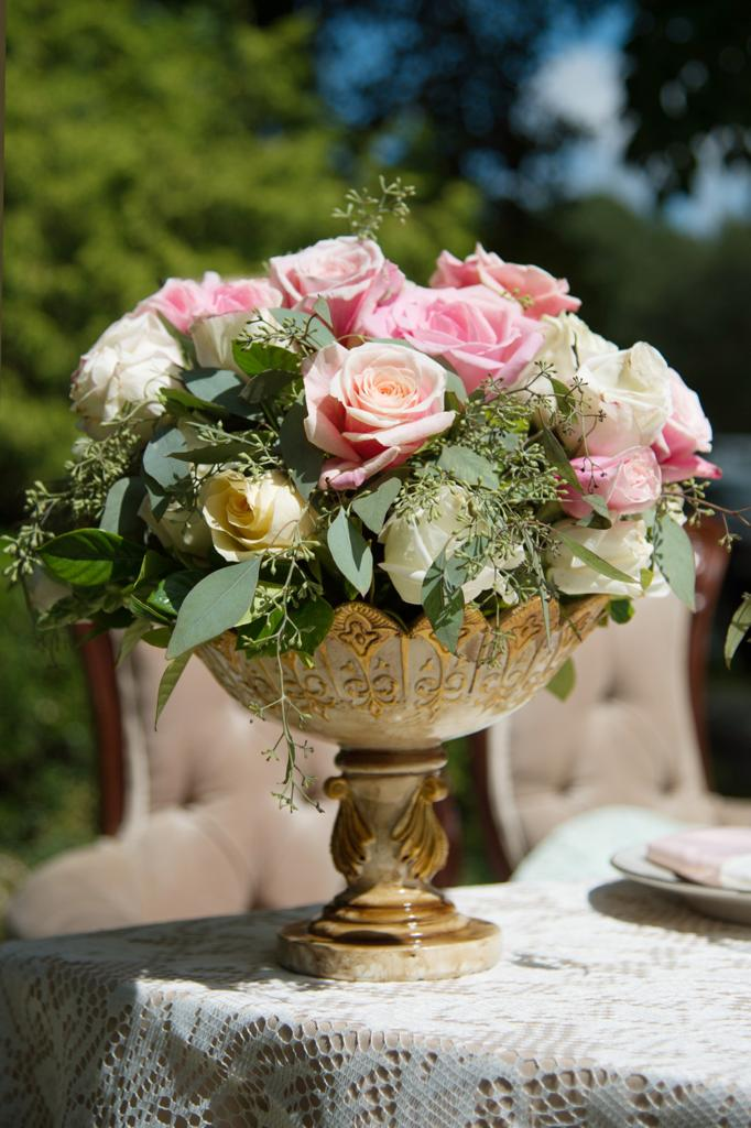table bouquet of flowers